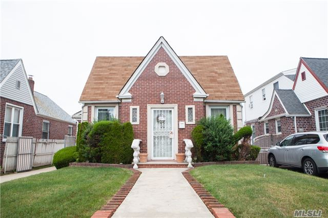 Single Family Homes for Sale in Southeast Queens
