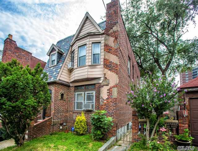 2 Family Homes for Sale in Western Queens