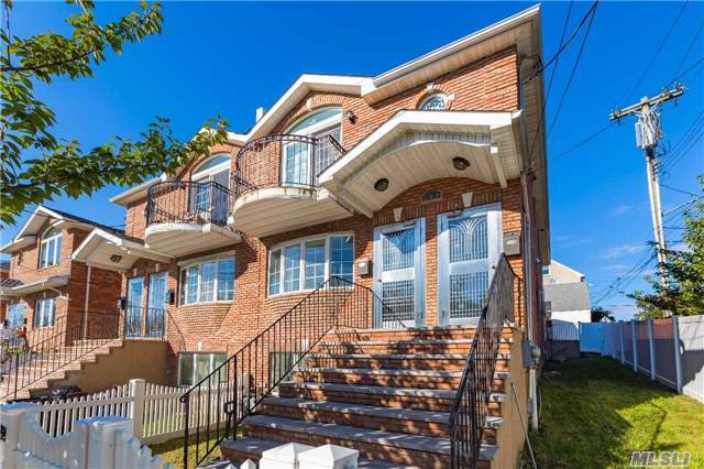 2 Family Homes for Sale in North Queens