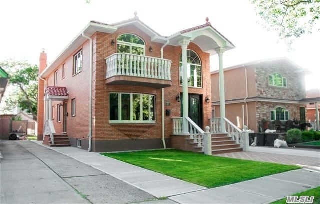 2 Family Homes For Sale In Northeast Queens
