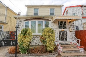 1-Family-Home-in-Cambria-Heights-31